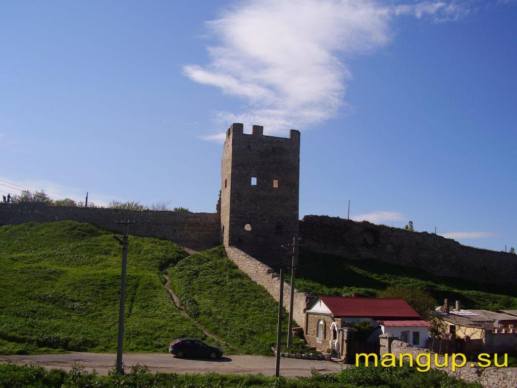 Феодосия. Цитадель Каффы. Башня Криско.