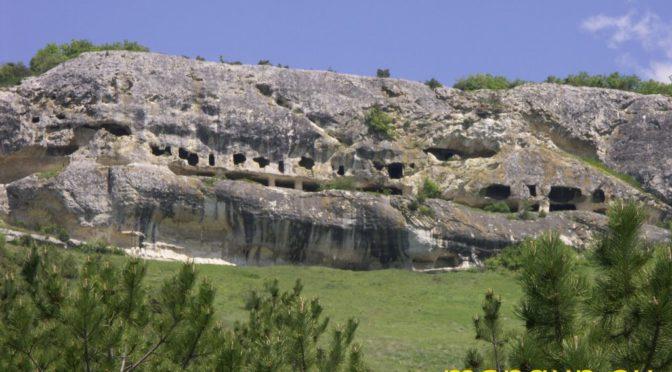 Пещерный монастырь Челтер-Мармара.