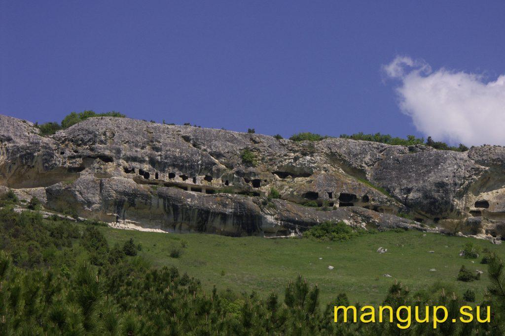 Пещерный монастырь Челтер.