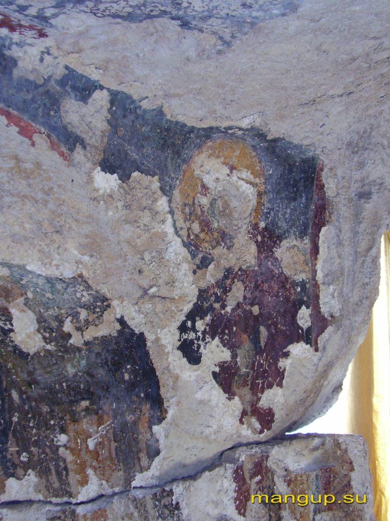 Богоматерь в правой предалтарной арке храма «Успения».
