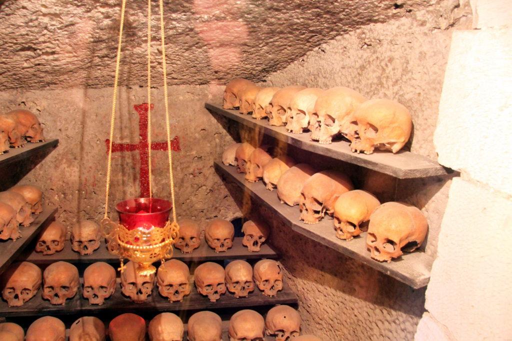 Костница в Инкерманском монастыре св. Климента.