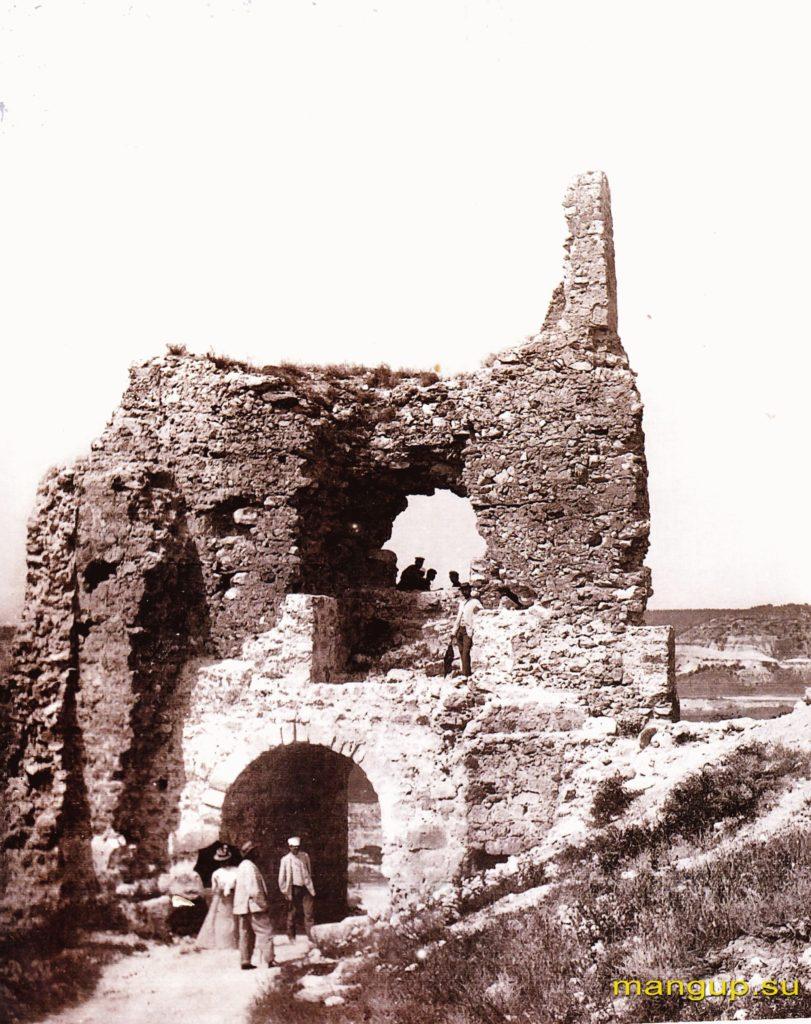 Крепость Каламита. Башня №1. Вид с юга.