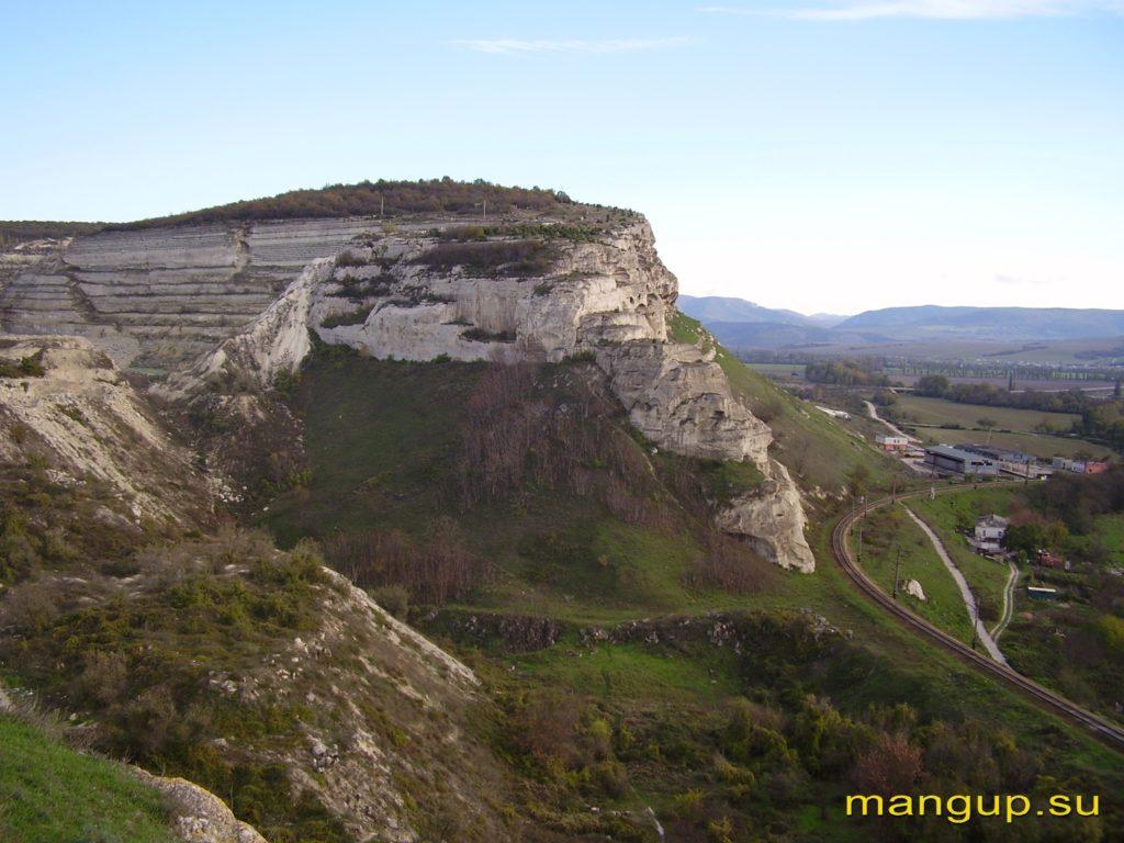 Загайтанская скала. Вид из крепости Каламита.