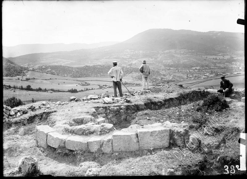 Фоти-Сала. Раскопки храма в урочище Кильсе-Баир (1914).