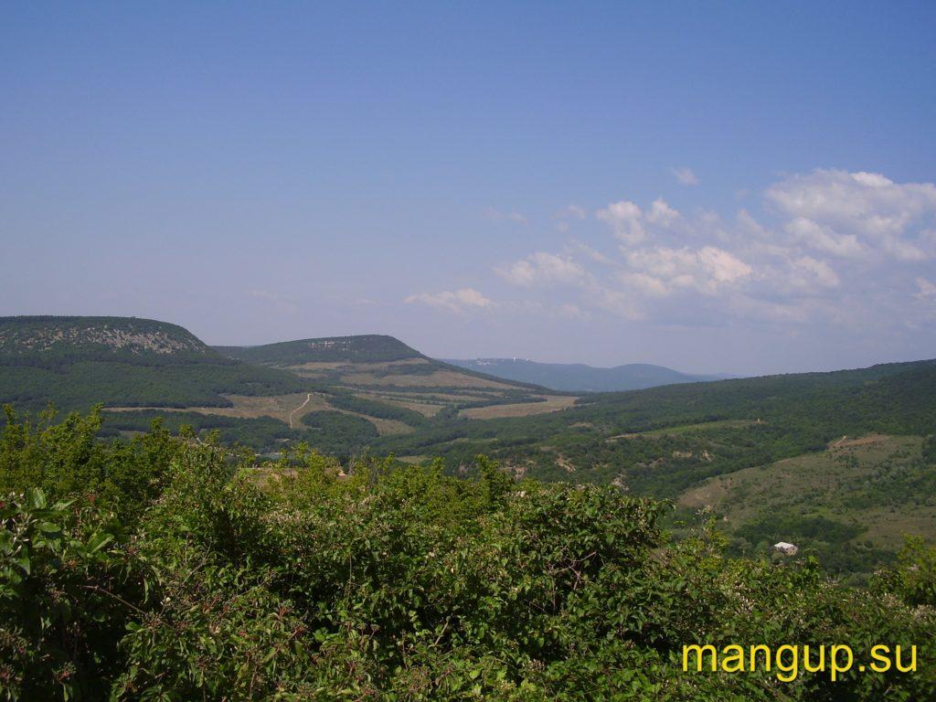 Вид с горы Кермен на север.