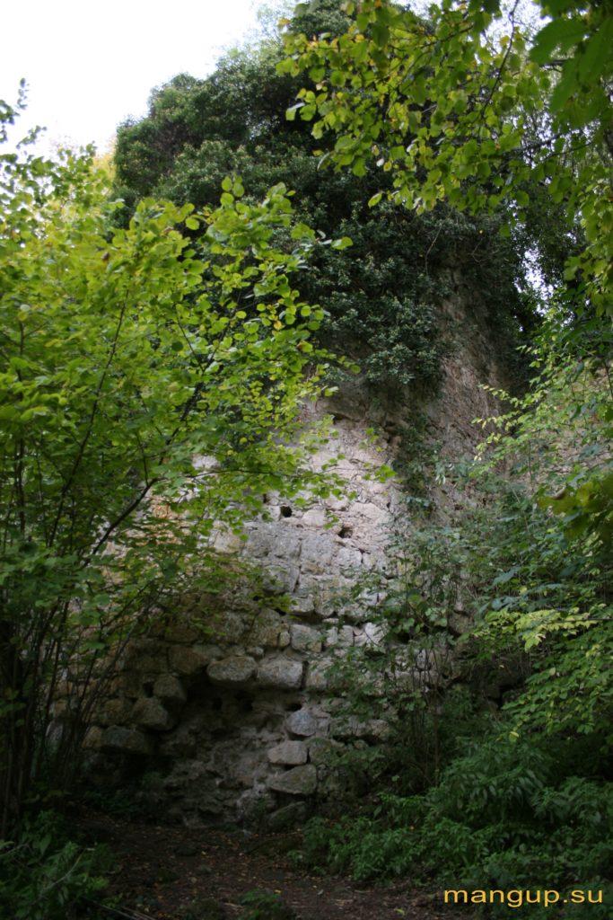 Восьмиугольная башня в Гамам-дере,