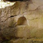 Пещерная церковь в Кильсе-дере в окрестностях Мангупа, северо-западная часть.