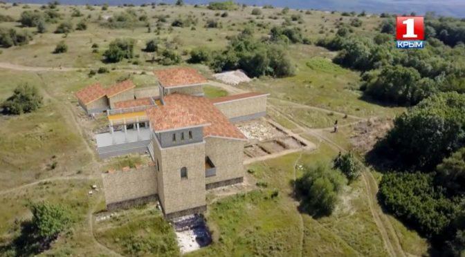 На Мангупе началось изучение здания, скрытого под княжеским дворцом
