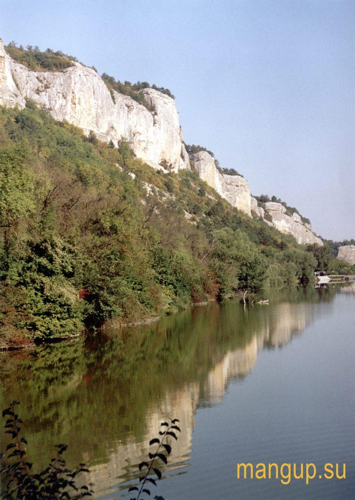 Озеро под Мангупом.