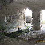 Мыс Тешкли-бурун. Пещера с часовней вид на террасу.