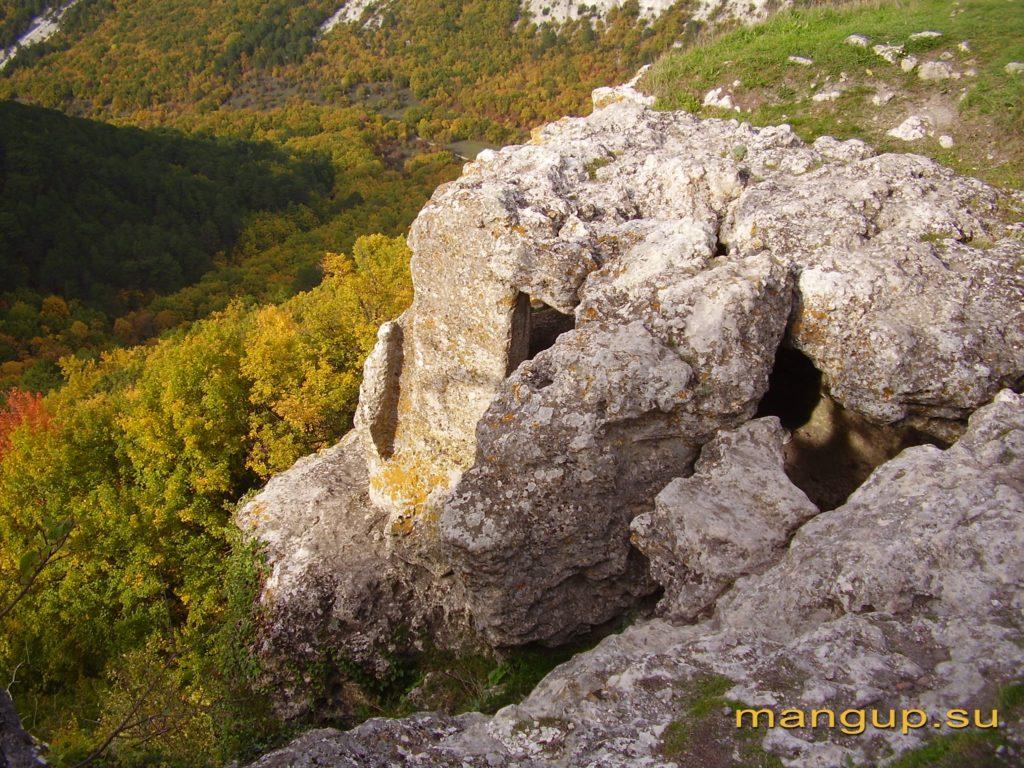 Пещерный комплекс на мысе Тешкли-бурун.