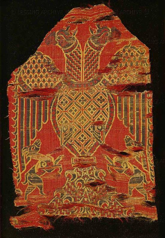 Андалузский шелк XII века из Исторического музея текстиля в Лионе