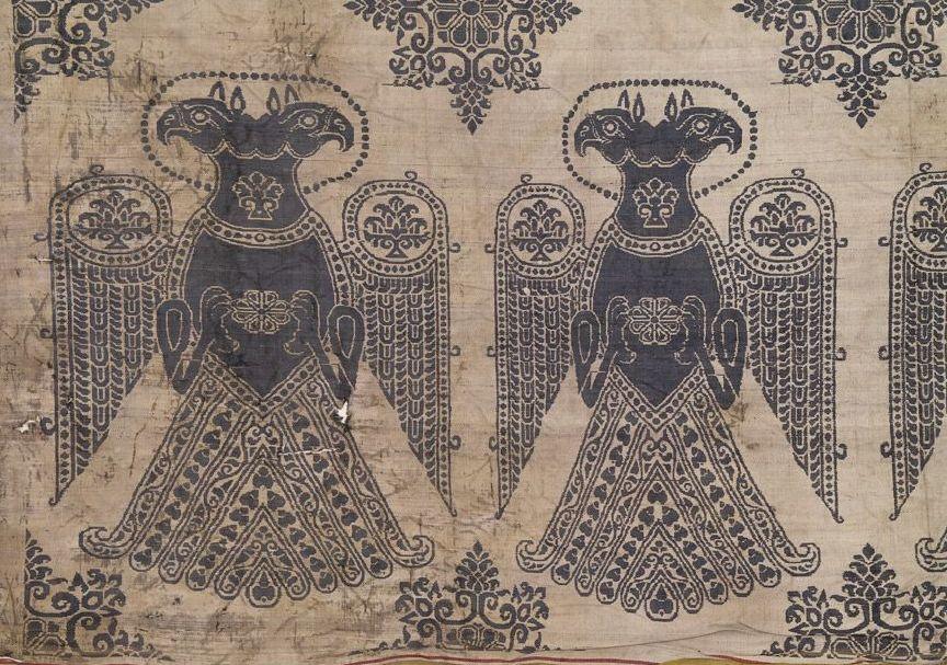 Фрагмент текстиля из гробницы св. Зоила в Каталонии.