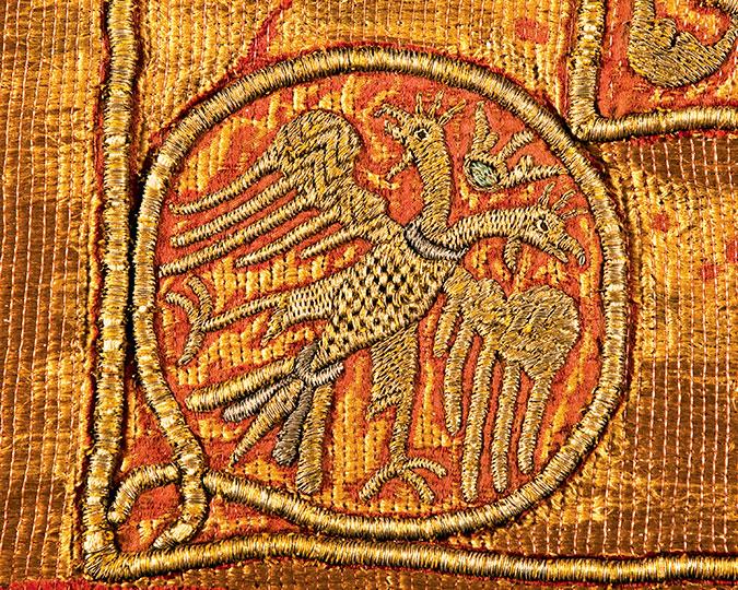Погребальная пелена Марии Мангупской. Фрагмент. Двуглавый орел.