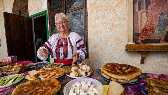 На поминальном обеде в честь погибших молдавских воинов подавали блюда молдавской кухни